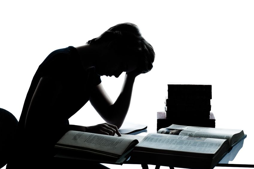 5 Consequences of Sleeping Less to Study More