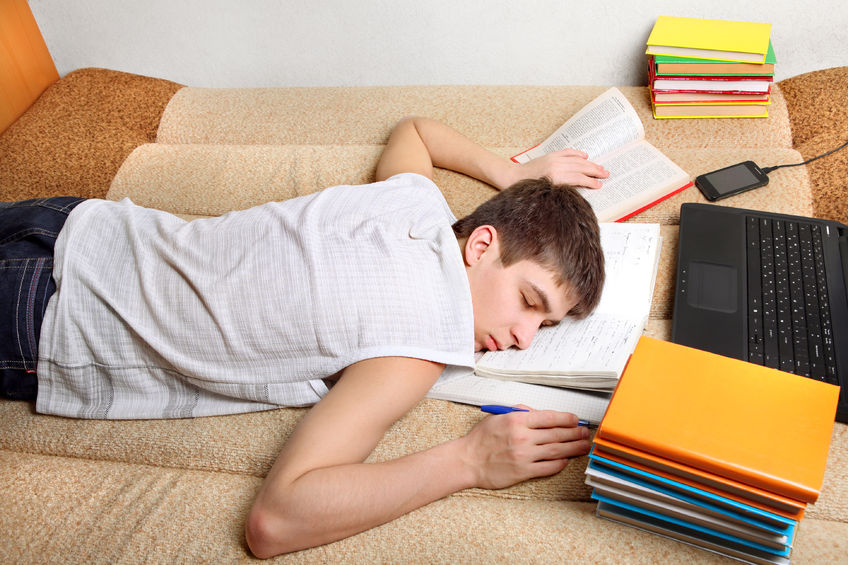 5 Reasons to Get Teenagers to Bed on Time